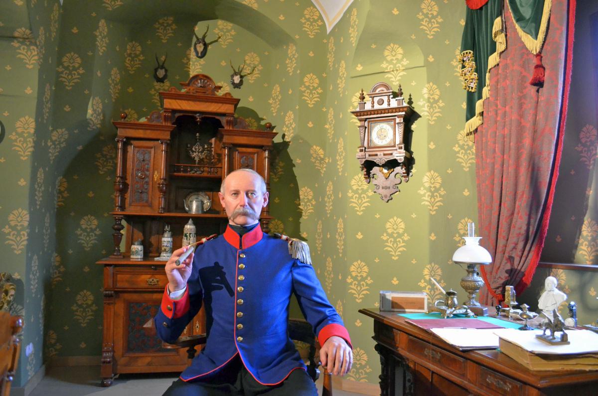 Figur des Festungskommandanten von Oer