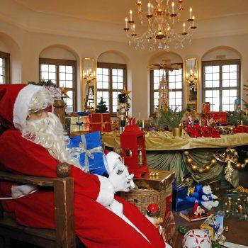 Weihnachtsmarktpavillon
