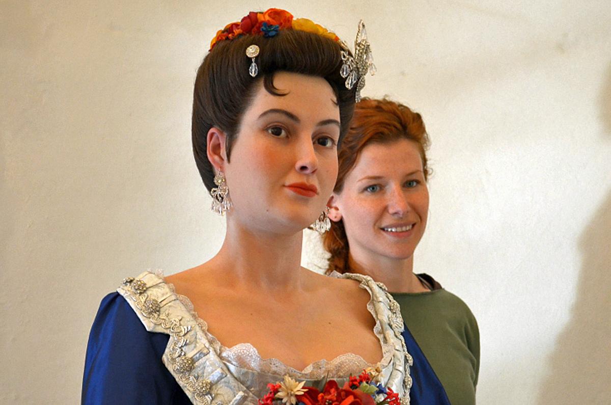 Gräfin Orzelska und Lisa Büscher