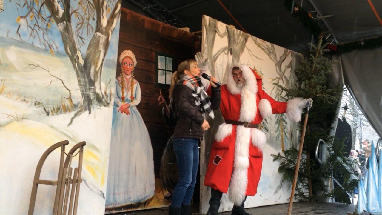 Uta Bresan befragt den Weihnachtsmann