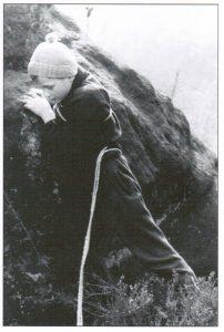 Bernd Arnold als Kind am Panoramafels, Brandgebiet. Copyright: Archiv B. Arnold